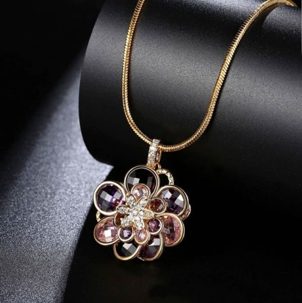 Picture of Crystal Flower Necklace